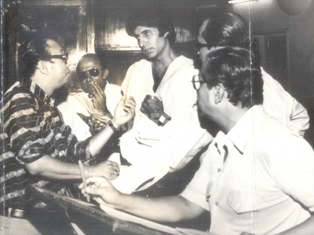 RD Burman along with superstar Amitabh Bachchan