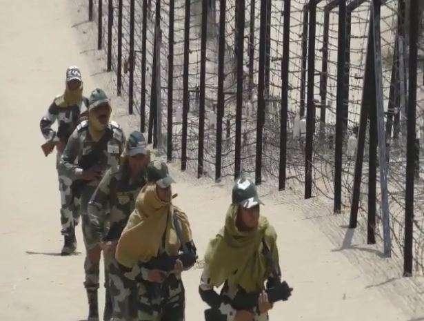 BSF personals patrolling at Indo Pak Border in Jaisalmer despite temperature rises above 50 degree