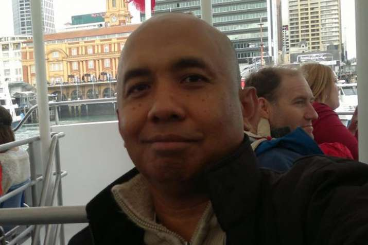 MH370 pilot Zaharie Ahmad Shah was lonely and sad and may have crashed plane