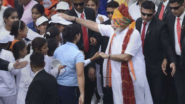 Independence Day: PM Narendra Modi meets school children after Independence Day speech | PTI