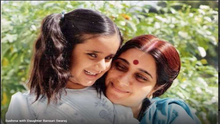 sushma and daughter