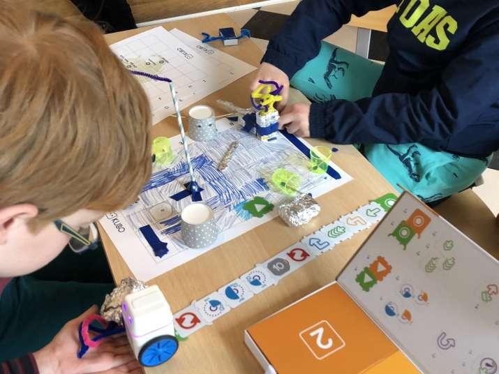 robot engineering game