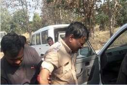 Policemen Attacked- India TV