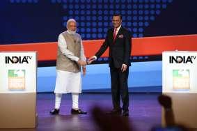 प्रधानमंत्री नरेंद्र मोदी और इंडिया टीवी के चेयरमैन एवं एडिटर-इन-चीफ रजत शर्मा।- India TV