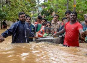 बाढ़, केरल, दक्षिण रेलवे, कोच्चि मेट्रो- Khabar IndiaTV