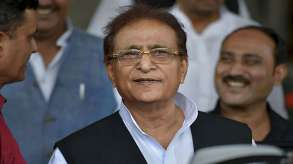 <p>Azam Khan...- India TV