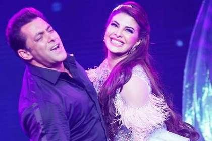 Jacqueline Fernandez, Salman Khan- Khabar IndiaTV