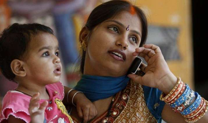 भारत बनेगा मोबाइल की दुनिया का बादशाह, 2020 तक 1 अरब के पार होंगे यूजर्स- India TV Paisa
