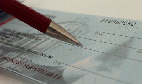 Five Points: Cheque भरते समय रखिए ये बातें ध्यान, नहीं तो हो जाएगा बाउंस- India TV Paisa