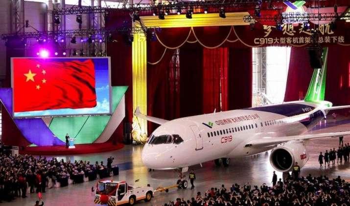 Five Photos: चीन ने बनाया पहला बड़ा यात्री विमान, सी919 अगले साल भरेगा पहली उड़ान- India TV Paisa