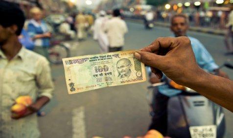 Credit Suisse: भारत की सुधर रही है आर्थिक स्थिति, तेल, गाड़ियों और बिजली की बढ़ी मांग- India TV Paisa