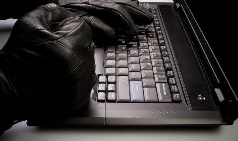 भारत पर साइबर अटैक का खतरा, अपराधी चुरा सकते हैं कंज्यूमर और कंपनियों का इम्पॉर्टेंट डेटा- India TV Paisa