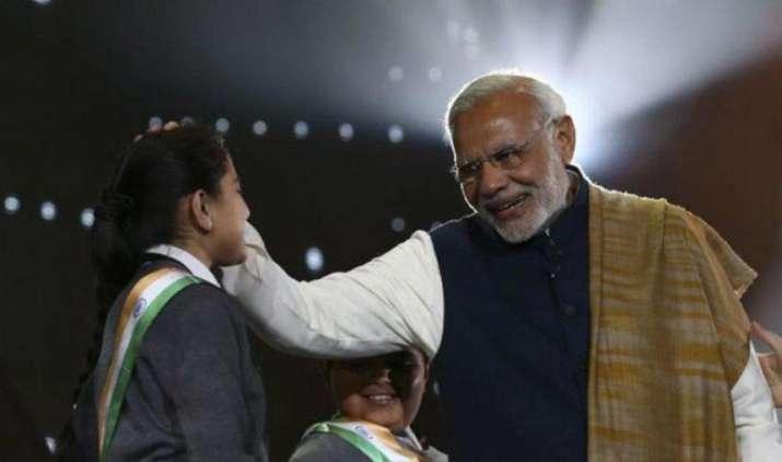 Towards Light: 'प्रकाश पथ' पर चलकर PM मोदी का हर घर में सस्ती बिजली पहुंचाने का लक्ष्य- India TV Paisa