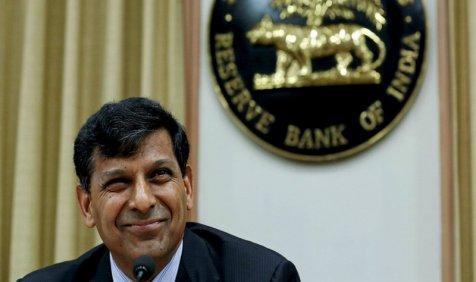 महंगाई की मार झेल रहे आम आदमी को RBI देगा राहत, 0.75 फीसदी घट सकती हैं ब्याज दरें- India TV Paisa