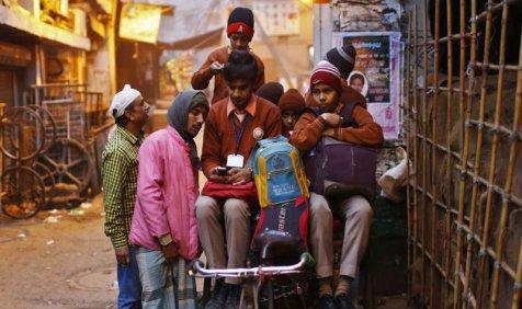 Hard Technology: खतरे में विंडोज फोन का भविष्य, पूरी दुनिया में 2 फीसदी से भी कम लोग करते हैं इस्तेमाल- India TV Paisa