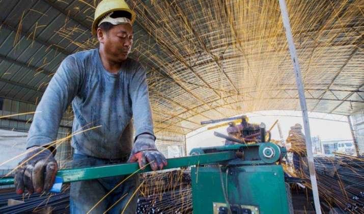 Three Impact: चीन में गहरा सकती है मंदी, आपकी जेब पर ऐसे पड़ेगा असर- India TV Paisa