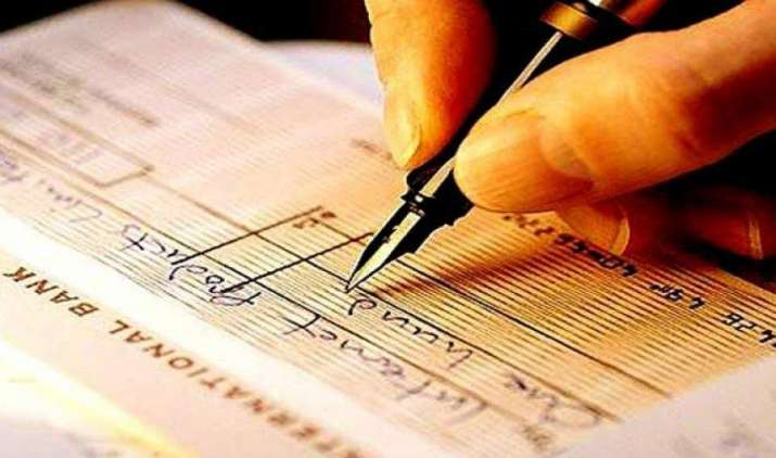 Decoded: Cheque नंबर्स में छुपी होती है ट्रांस्जेक्शन की पूरी जानकारी, जानिए इनका मतलब- India TV Paisa
