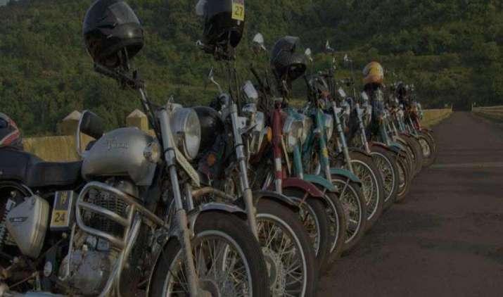 Royal Ride: Bullet के लिए खत्म होगी लंबी वेटिंग, कंपनी डबल करेगी प्रोडक्शन- India TV Paisa