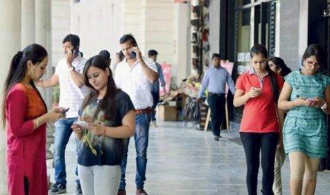 कॉलड्राप से जल्द मिल सकता है छुटकारा, ट्राई ने कंपनियों से और टावर लगाने को कहा- India TV Paisa