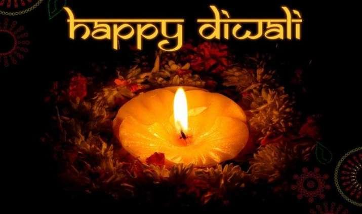 #HappyDiwali: पटाखे, रोशनी से लेकर ड्राइफ्रूट्स तक, एक क्लिक में दिवाली के बारे में सब कुछ- India TV Paisa