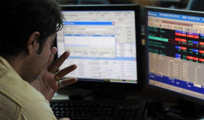 #Sensex@OneMonthLow: इन 6 तस्वीरों में देखिए शेयर बाजार का पूरा हाल- India TV Paisa