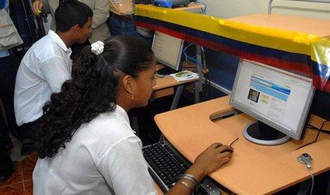 कम कीमत पर मिलेगा इंटरनेट कनेक्शन, माइक्रोसॉफ्ट करेगी सस्ता इंटरनेट उपलब्ध कराने वालों की मदद- India TV Paisa