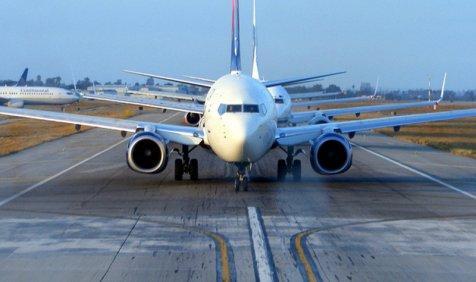 एयरलाइन कंपनियों के लिए विमान आयात करना हुआ आसान, सरकार ने नियमों को बनाया सरल- India TV Paisa