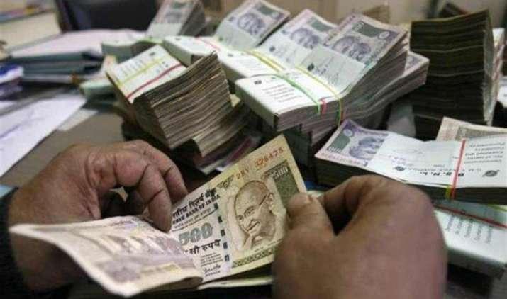 Salary hike soon: 7वां वेतन आयोग 19 नवंबर को सौंपेगा अपनी रिपोर्ट, 1 करोड़ केंद्रीय कर्मचारियों के वेतन में होगी बढ़ोत्तरी- India TV Paisa