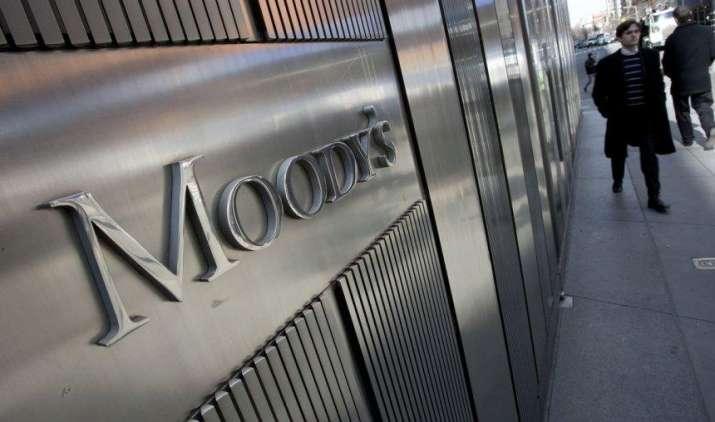 Improve Sentiment: मूडीज ने जताया भारतीय बैंकिंग सेक्टर पर भरोसा, 4 साल बाद आउटलुक निगेटिव से हुआ स्टेबल- India TV Paisa