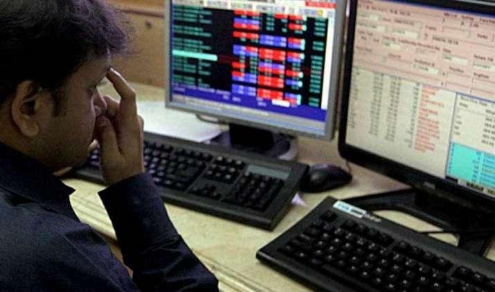 ब्रेक्जिट के बाद हफ्ते के पहले दिन बाजार में सुस्त कारोबार, सेंसेक्स और निफ्टी में गिरावट- IndiaTV Paisa