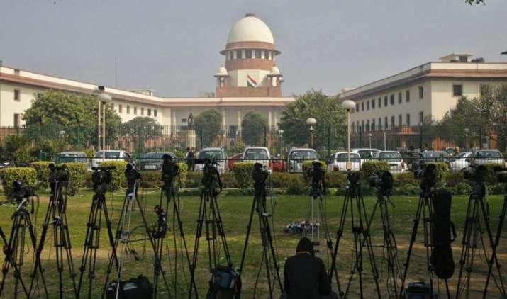 राज्यों में एंट्री टैक्स का मुद्दा पहुंचा सुप्रीम कोर्ट, 9 जजों की संवैधानिक पीठ करेगी फैसला- India TV Paisa