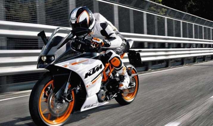 First Look: नए साल पर इंडियन मार्केट में एंट्री लेगी KTM की पावर बाइक RC390, देखें तस्वीरें- India TV Paisa