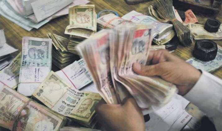 Cabinet: 7वें वेतन आयोग की सिफारिशों को मिली मंजूरी, 1 करोड़ से अधिक केंद्रीय कर्मचारियों और पेंशनर्स की बढ़ी सैलरी- IndiaTV Paisa