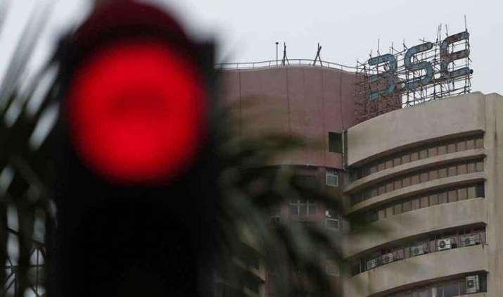 निफ्टी 9800 के नीचे लुढ़का, सेंसेक्स में 260 प्वाइंट से ज्यादा की गिरावट- India TV Paisa