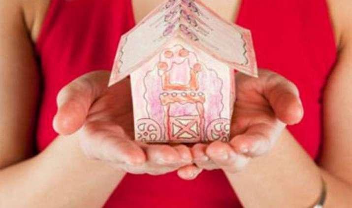 Tax saving formula: टैक्स बचाने का सबसे आसान तरीका है हाउस रेंट अलाउंस- IndiaTV Paisa