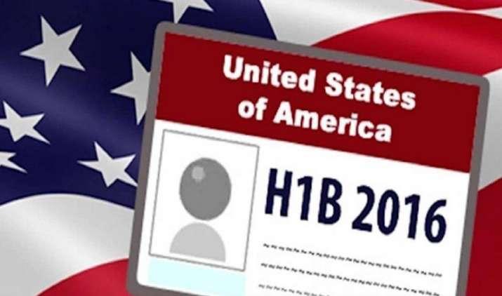अमेरिका में दायर हुआ H-1B वीजा लॉटरी के खिलाफ मुकदमा, प्रक्रिया में पारदर्शिता की मांग कर रहे हैं लोग- India TV Paisa