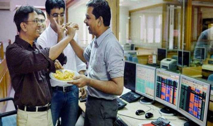अच्छे मानसून की उम्मीद से शेयर बाजारों में तेजी जारी, सेंसेक्स 259 अंक हुआ मजबूत- IndiaTV Paisa