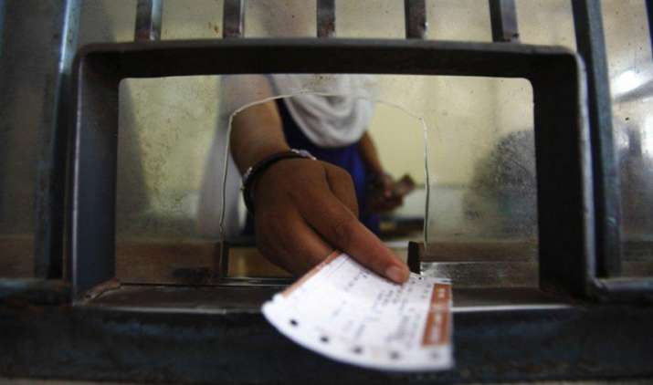 Easy Refund: अब केवल एक फोन करके कैंसिल करा सकेंगे ट्रेन टिकट, अप्रैल में शुरू होगी सर्विस- India TV Paisa