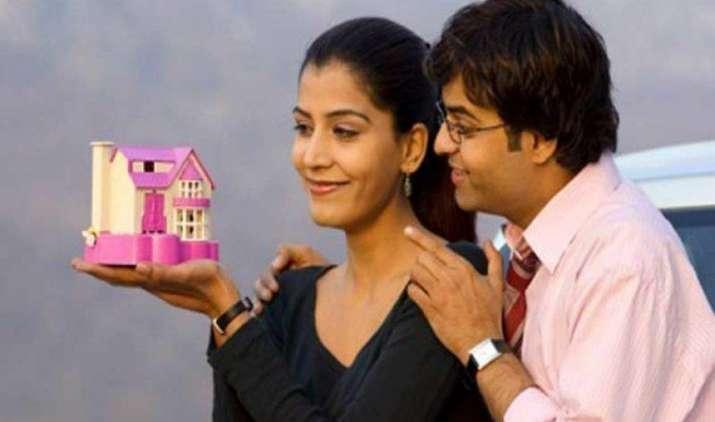 Big Breaking : होम लोन ग्राहकों के लिए बड़ी खुशखबरी, 30 लाख तक के लोन पर SBI ने घटाई ब्याज दरें- IndiaTV Paisa