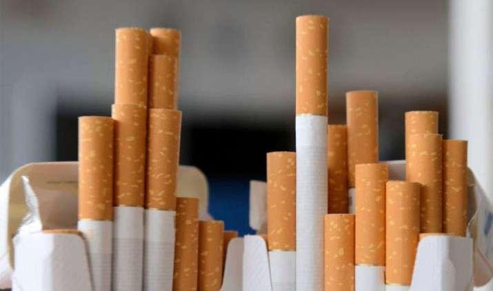 सिगरेट पर उपकर बढ़ाने के GST काउंसिल के फैसले से नहीं बढ़ेंगे दाम, वित्तमंत्री ने जताया भरोसा- IndiaTV Paisa