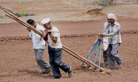 पीएम ने दिया निर्देश, कहा- मानसून के आने तक गावों को सूखे से बचाने के लिए किए जाएं सप्ताहिक उपाय- India TV Paisa