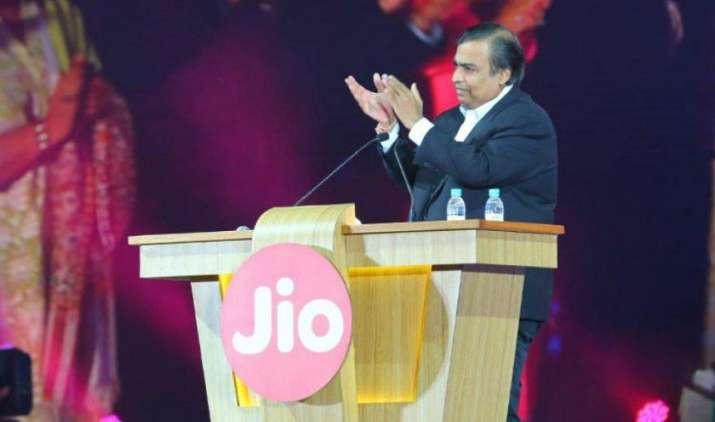Jio कर्मचारियों को 15% फीसदी सैलरी हाइक का तोहफा, टेलीकॉम सेक्टर में हुआ सबसे ज्यादा इन्क्रीमेंट- India TV Paisa