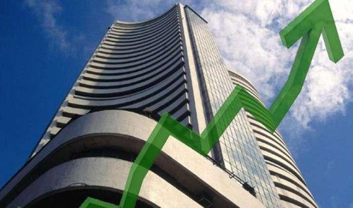 शुरुआती कारोबार में सेंसेक्स और निफ्टी में तेजी, बैंक निफ्टी और मिडकैप शेयरों का मिल रहा है सपोर्ट- India TV Paisa