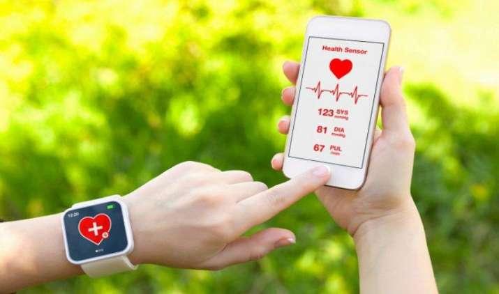 सेहत पर नजर और आपको फिट रखने में करते हैं ये मदद, जानिए इन पांच शानदार मोबाइल एप के बारे में- India TV Paisa
