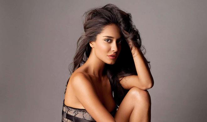 Lisa Haydon- India TV