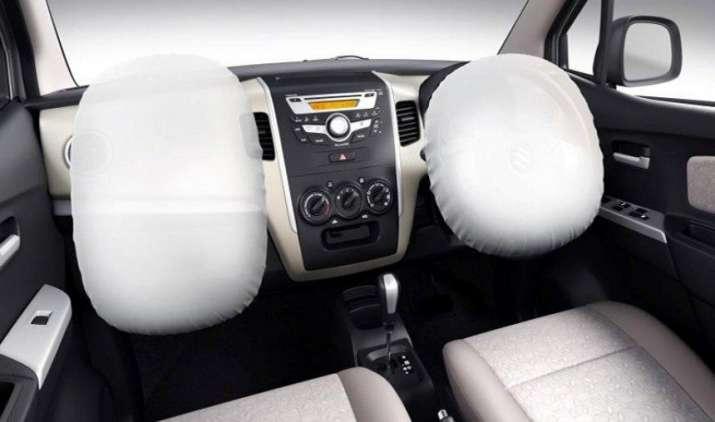 Safety 1st: सभी कारों में एयरबैग अनिवार्य करेगी सरकार, ओवर-स्पीड अलार्म सिस्टम भी लगाना होगा जरूरी- India TV Paisa