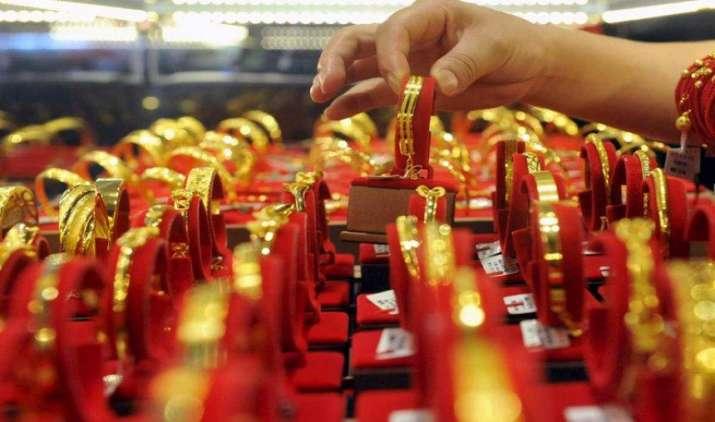 Gold खरीदने का है ये बेहतर मौका, दिवाली तक भाव 32 हजार रुपए तक पहुंचने की उम्मीद- India TV Paisa