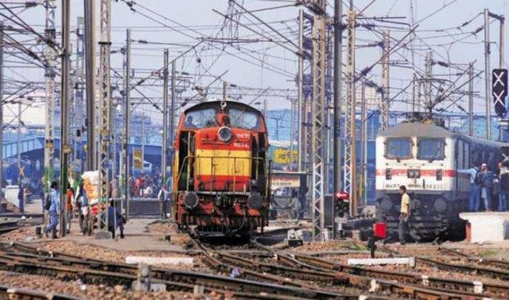 Festive Bonanza: रेल कर्मचारियों को 78 दिनों का बोनस, पिछले साल के मुकाबले मिलेंगे दोगुने पैसे- India TV Paisa