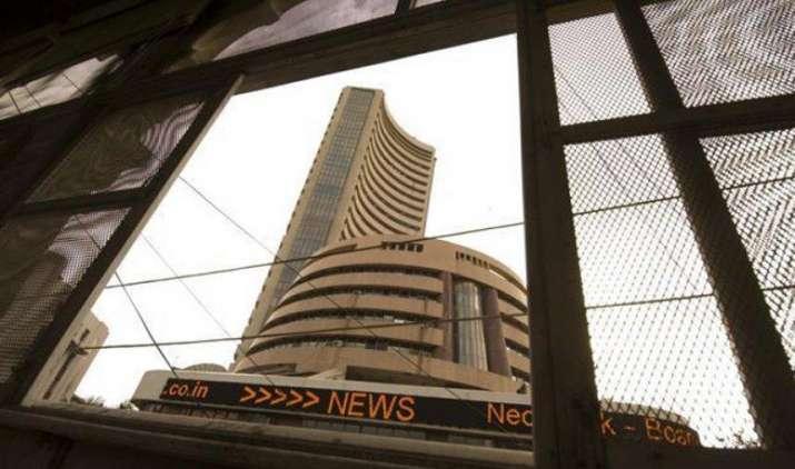 Week ahead: डेरिवेटिव एक्सपायरी की वजह से बाजार में रह सकता है उतार-चढ़ाव, आरबीआई पॉलिसी का इंतजार- India TV Paisa
