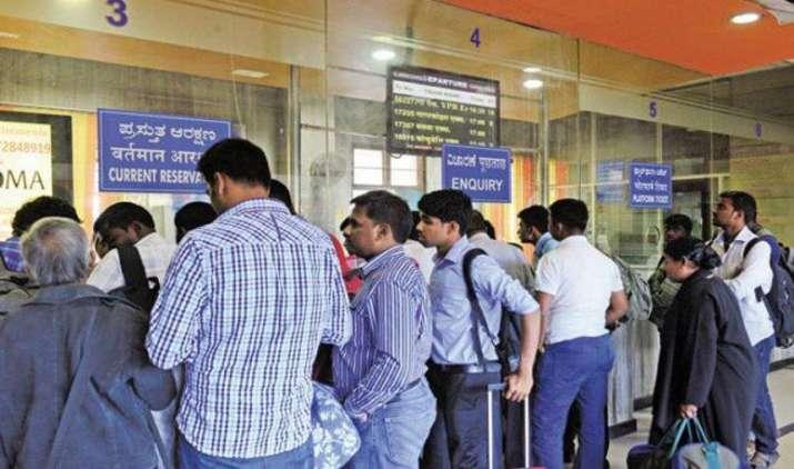 Mandatory for All: अब बिना आधार कार्ड के नहीं मिलेगा ट्रेन टिकट, दिसंबर से नियम लागू करने की तैयारी में IRCTC- India TV Paisa